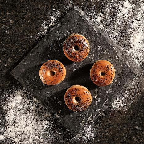 Mini Bagels with Poppy Seeds